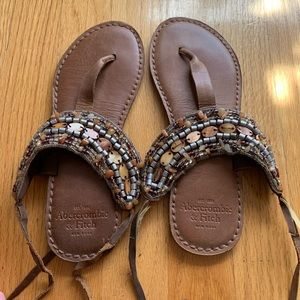A&F beaded leather sandals / Sz 6-7